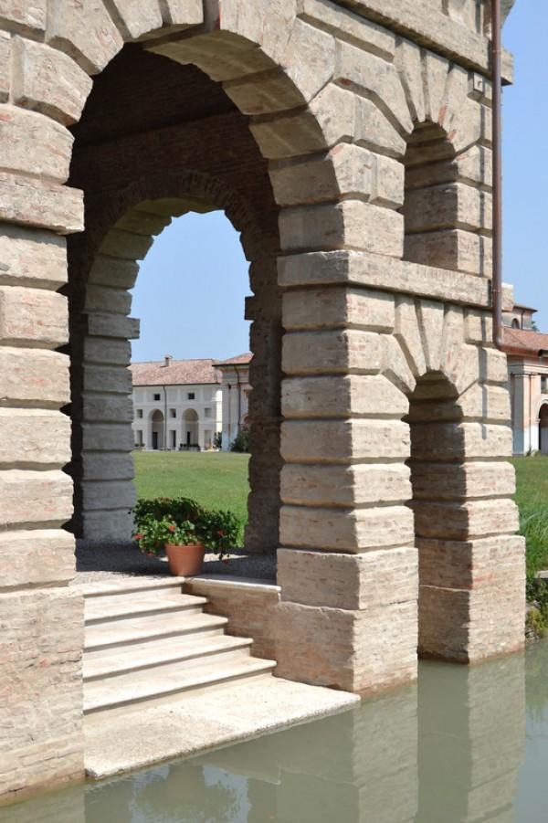 Ville e residenze Corte Spinosa a Porto Mantovano 7
