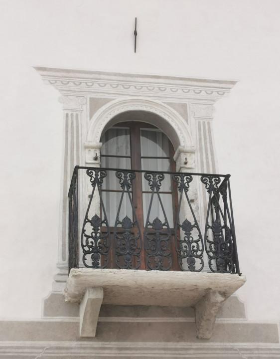 Palazzo storico nel cuore delle Dolomiti