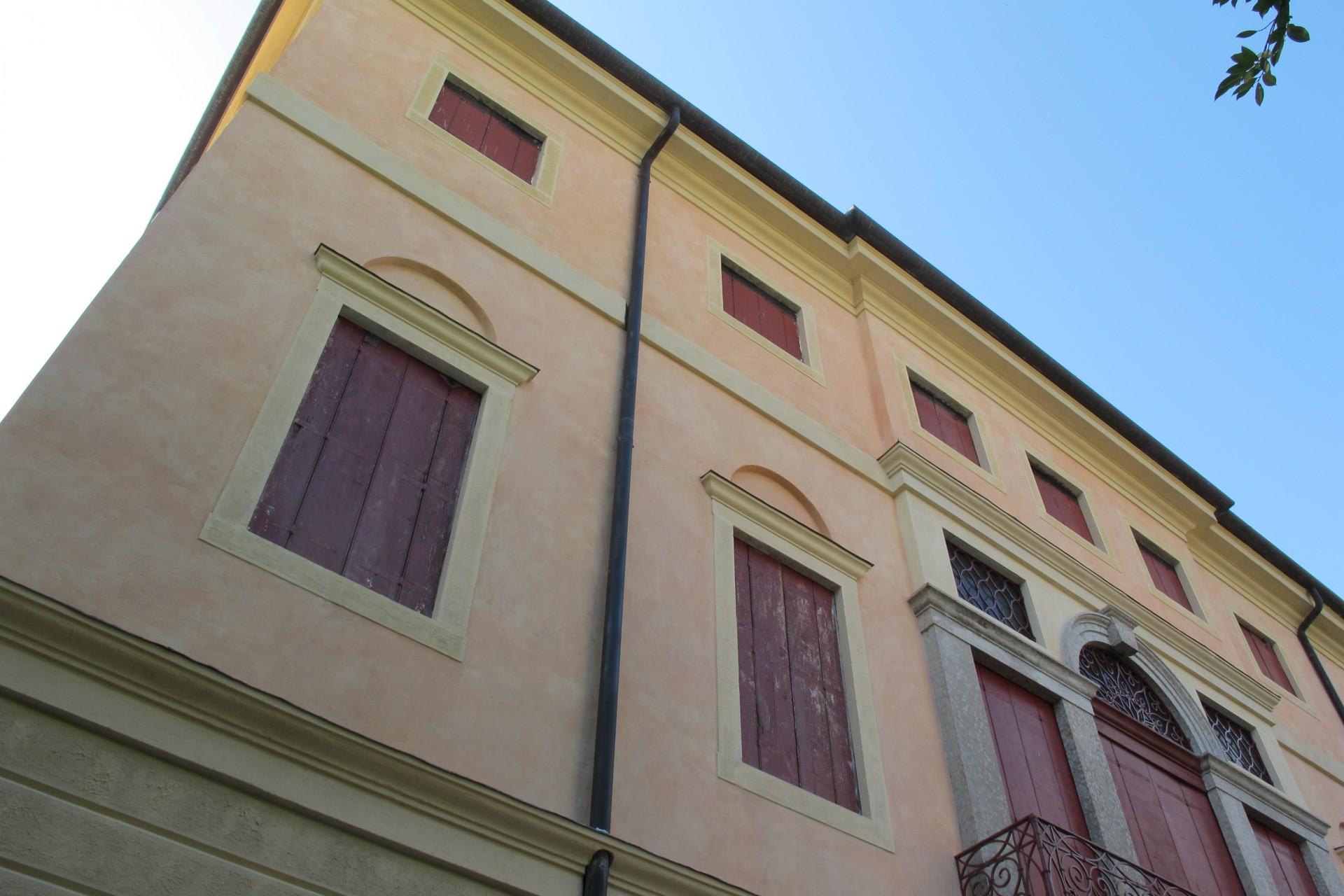 Ville e residenze Villa Chilesotti Benetti a Romano d'Ezzelino 1