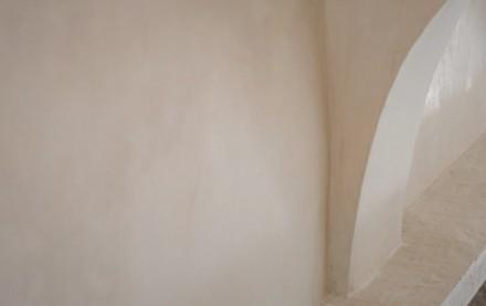 Tradizionale finitura decorativa di puro grassello di calce